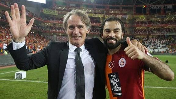 Riekerink'ten Advocaat ve transfer sözü