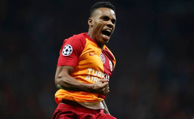 Garry Rodrigues'in golündeki detay