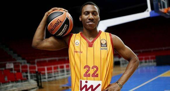 Galatasaray'da Smith'in bileti kesildi!